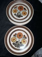 5 X LANGLEY STONEWARE HANDPAINTED SIDE PLATES MAYFLOWER PATTERN 6.5""